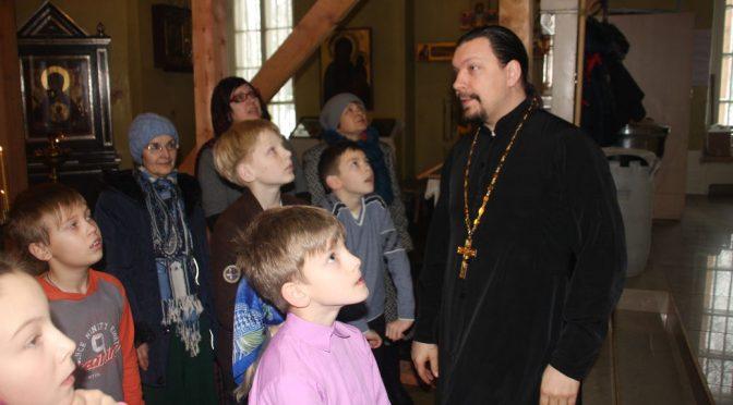Дети сдали экзамен по курсу «Православный иконостас»