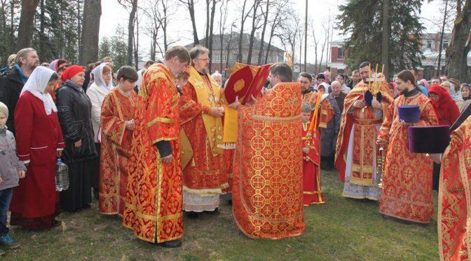 Преосвященнейший Епископ Александр совершил богослужение в Резекне