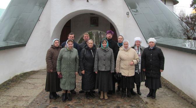 Группа прихожан храма Успения Пресвятой Богородицы города Лудза посетили Псково-Печерский монастырь и его святыни
