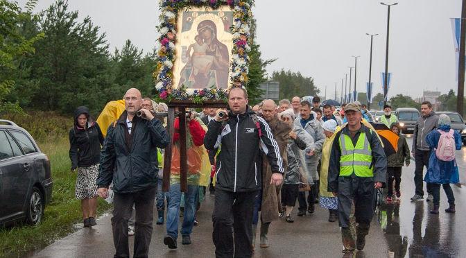 Покаянный крестный ход из Риги в Спасо-Преображенскую пустынь