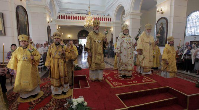 Торжественное Всенощное бдение по случаю празднования 10-летия Архиерейской хиротонии Епископа Александра
