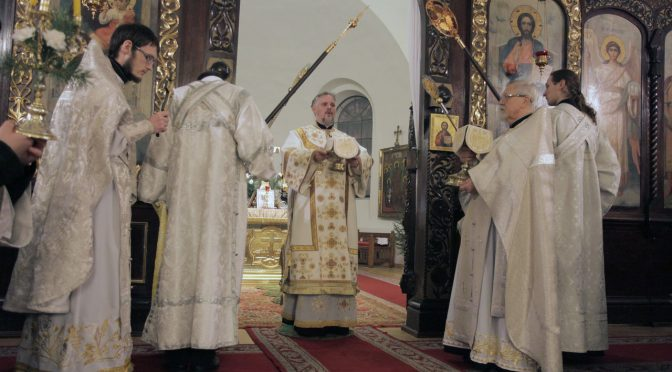 Рождественская Божественная литургия в Борисо-Глебском соборе