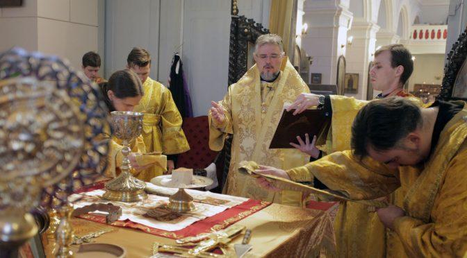Литургия в Даугавпилсском кафедральном соборе