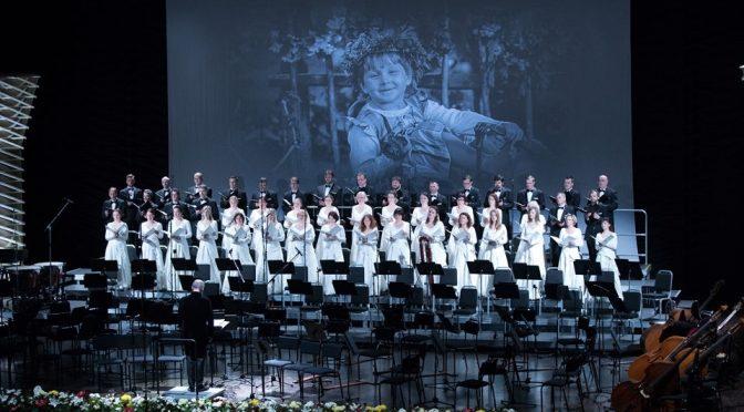 Митрополит Александр посетил торжественный концерт по случаю празднования 100-летия Латгальского конгресса