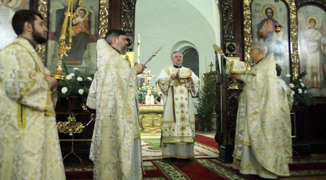 Рождественская ночная литургия в Борисо-Глебском соборе