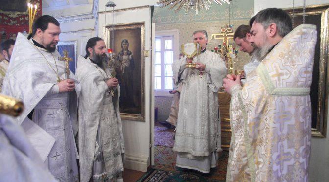Литургия в Шкельтово в день памяти протоиерея Василия Назаревского