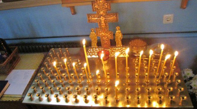 В храмах епархии совершено поминовение жертв трагедии в Кемерово