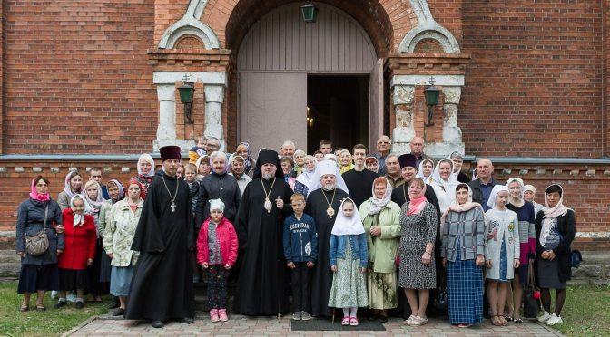 Митрополит Александр совершил молебен в Никольском храме в Крустпилсе и посетил Екабпилсский Свято-Духов мужской монастырь