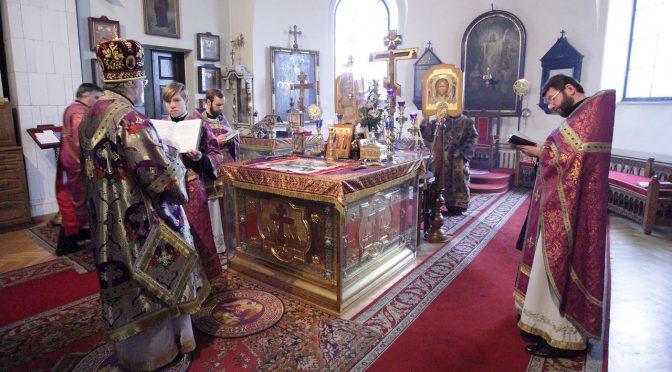 Божественная литургия Преждеосвященных Даров в Борисо-Глебском кафедральном соборе