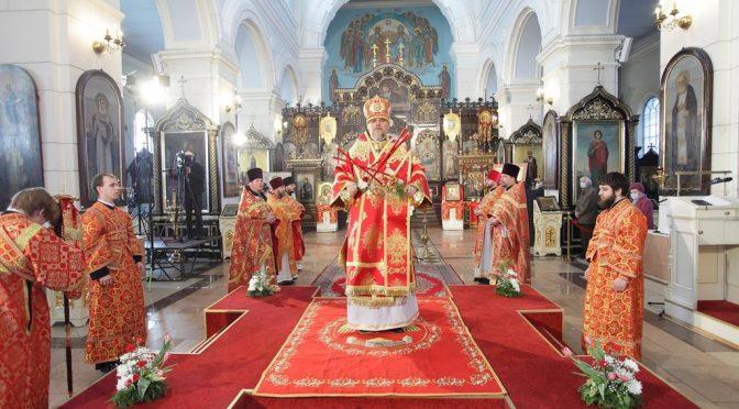 Богослужение в Борисо-Глебском соборе в день престольного праздника
