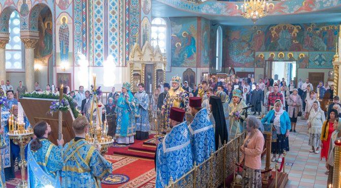 Всенощное бдение в канун празднования Тихвинской иконы Пресвятой Богородицы
