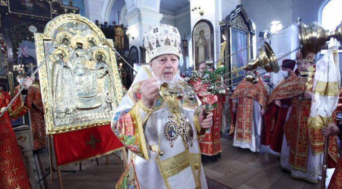 Богослужение в Борисоглебском соборе в день престольного праздника