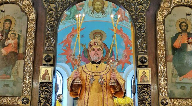 Воскресные богослужения в Борисоглебском соборе